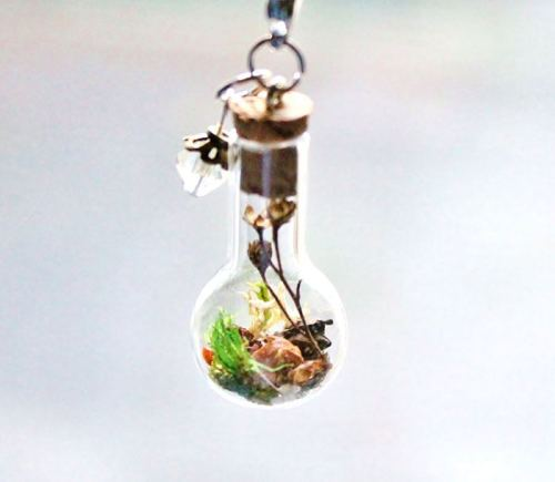 terrarium-necklaces-flower-jewelry-teenytinyplanet-3